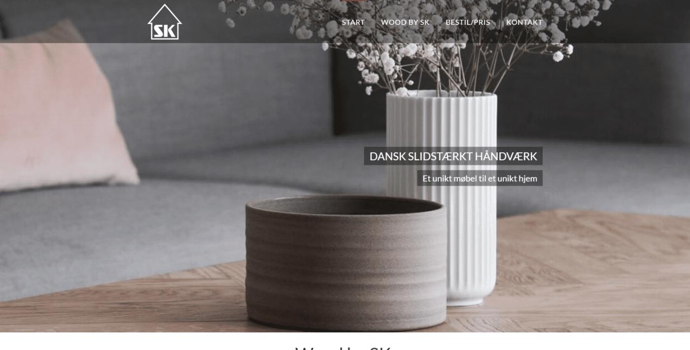 Webshop Case Danske slidstærke træborde og møbler Wood by SK